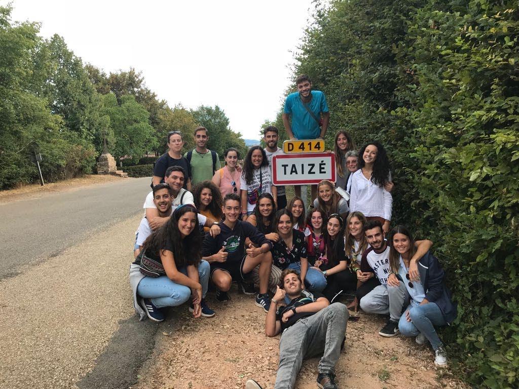 con jovenes 7
